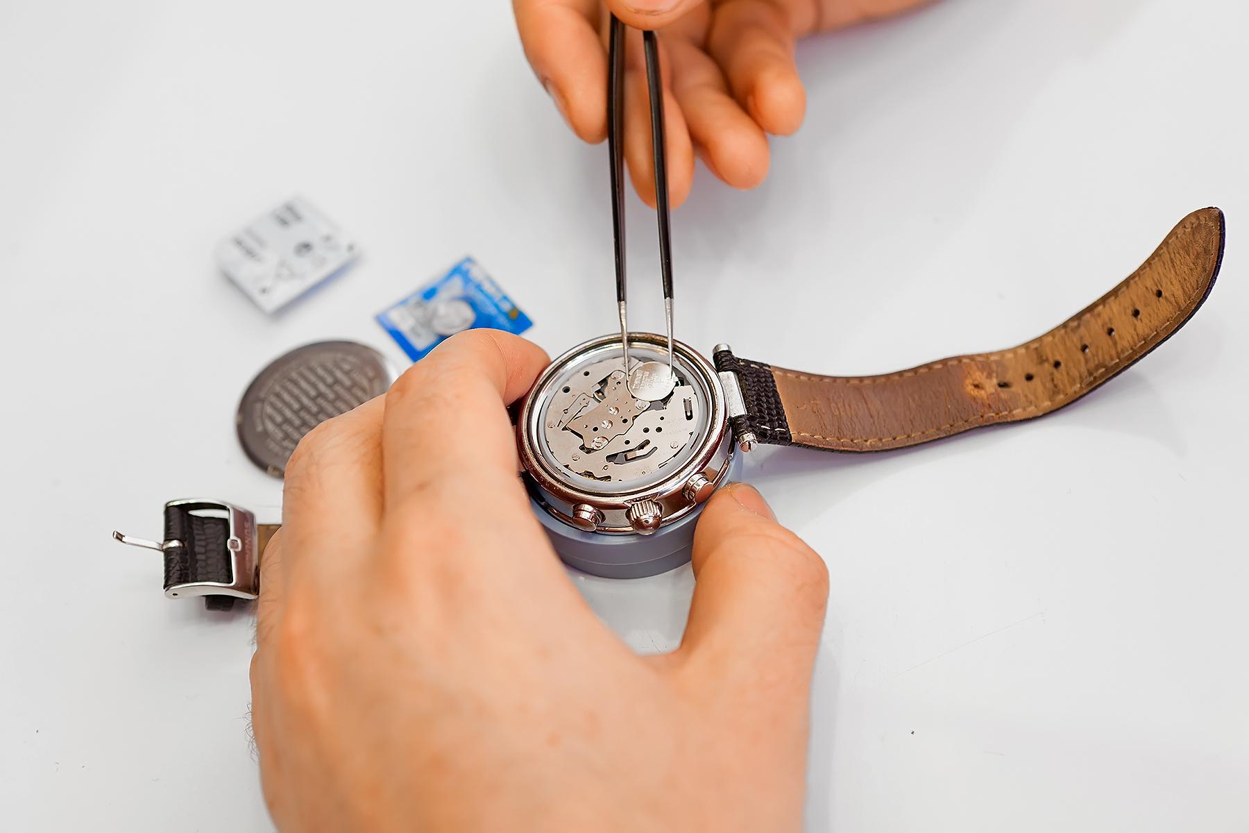 Как самой поменять ремешки на часах